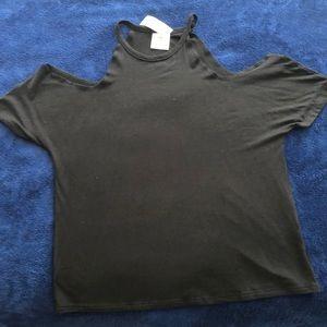 Girls cold shoulder black shirt